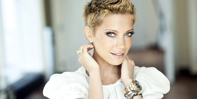 sylvie van der vaart hair. women with short hair.